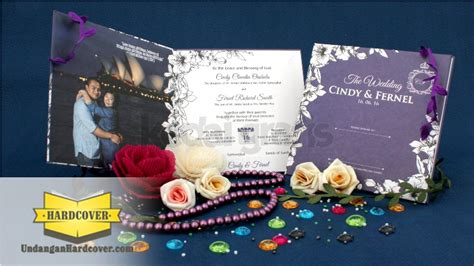 desain undangan pernikahan warna ungu undangan pernikahan kartu undangan undangan unik