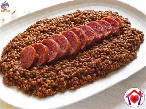cucinare lenticchie e cotechino cotechino con lenticchie le ricette di mamma l 249