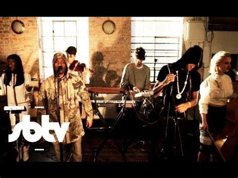lirik solo feat demi lovato clean bandit solo acoustic version feat demi lovato