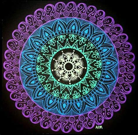 imagenes de mandalas y zendalas pin by laura avelar on mandalas zendalas pinterest