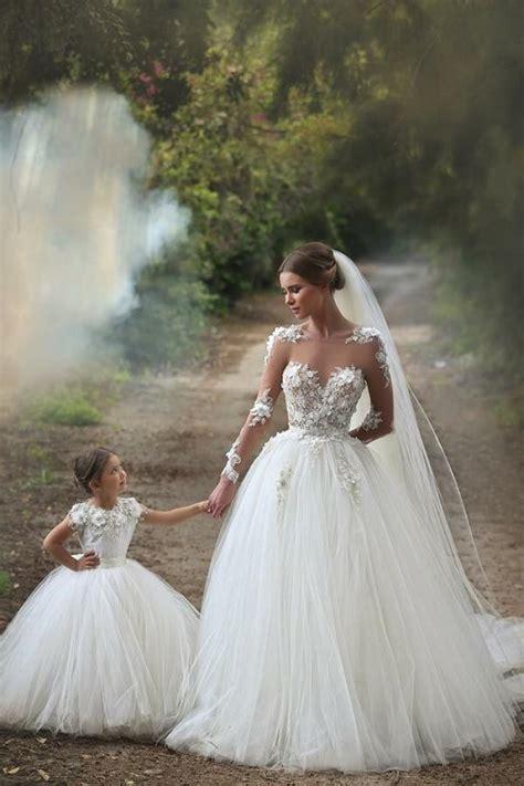 White Long Sleeve Tulle Princess Wedding Dresses Floor