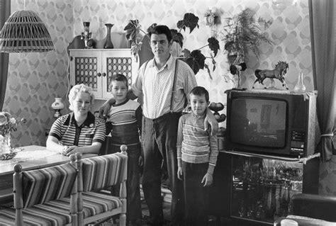 alleinerziehend wohnung familienportr 228 ts vom ddr fotografen christian borchert