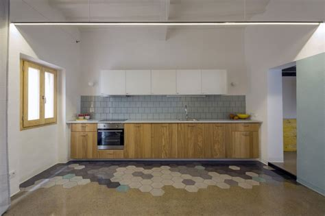 Kitchen Decorating Idea by Dynamic Floor Design Blending Colorful Hexagonal Tiles And