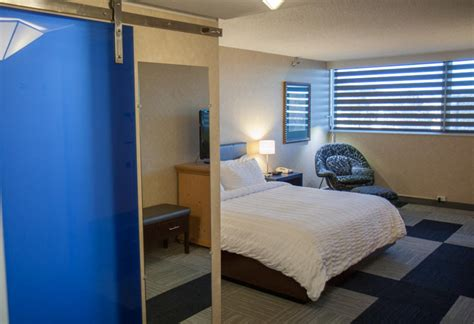 Rapid Rooms by Rapid City Hotel Deluxe Rooms 171 Jpg The Rushmore Hotel