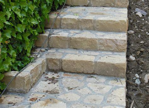 attraente Pietre In Giardino #1: scale-giardino-pietra-credaro.jpg