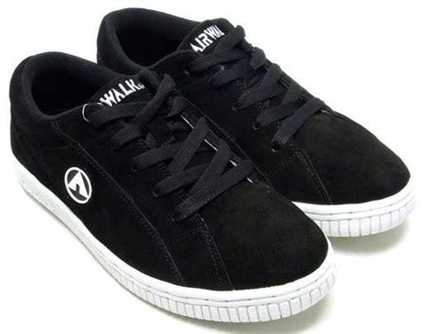 Airwalk New Basic Canvas airwalk harley black suede mens sneakers shoes daftar
