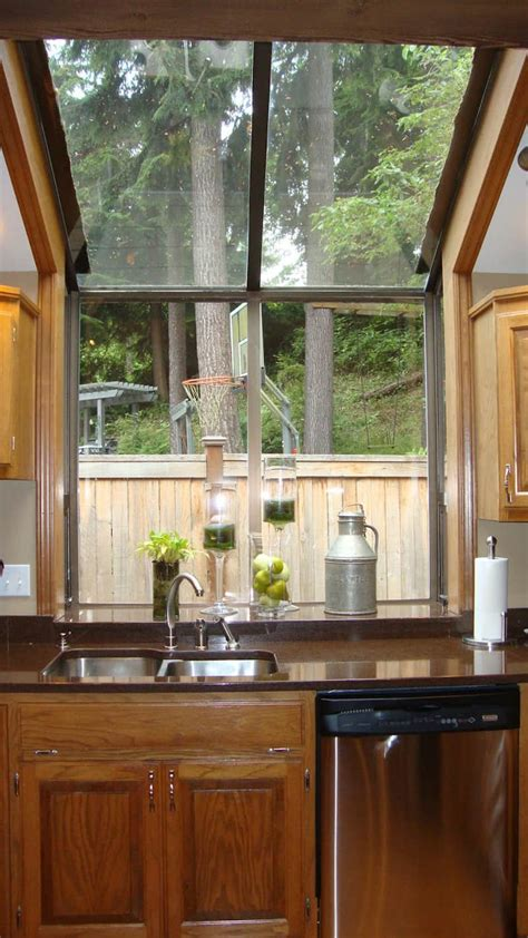 kitchen bay window decorating ideas 4353 home and garden 40 kitchens with large or floor to ceiling windows