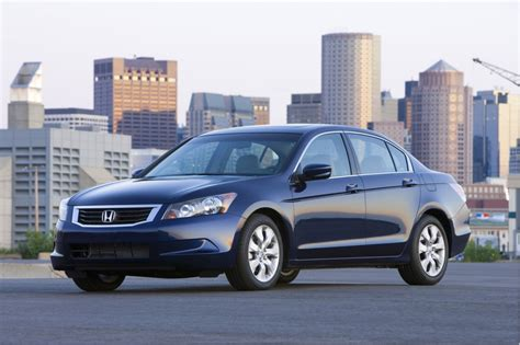 cars comparable to honda accord family car compare 2010 honda accord versus 2010 toyota camry