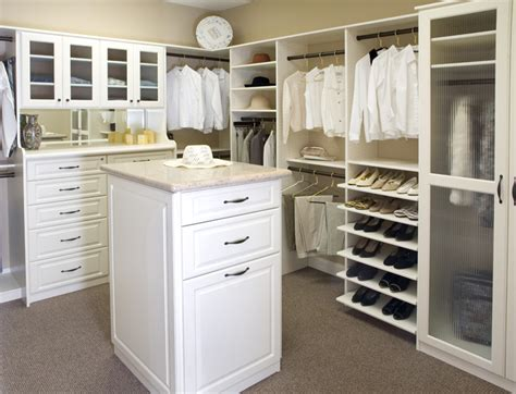 Master Bedroom Closet Design Ideas by Master Bedroom Walk In Closet Designs Home Decorating Ideas