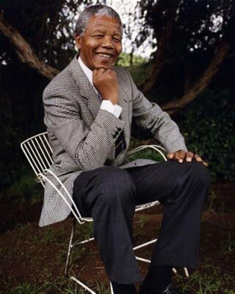 biography of nelson mandela of south africa nelson rolihlahla mandela first black president of south