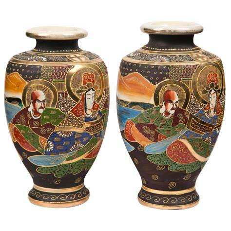 vaso satsuma pair of 1930 s satsuma vases at 1stdibs