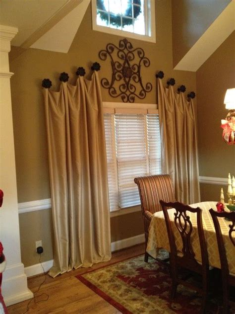 Ideas To Hang Curtains Inspiration I Like This Curtain Hanging Idea Futura Home Decorating