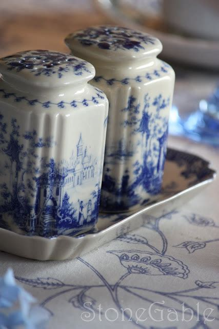 omi qh stonegable blue and white summer tablescape