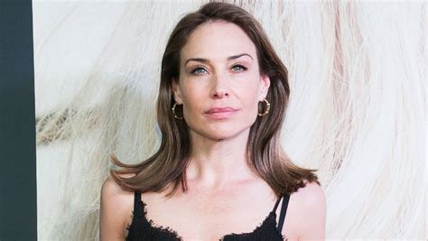 claire forlani 2018 claire forlani on harvey weinstein encounters quot i escaped