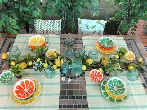 decorar mesas de jardin triunfa con estas 4 ideas de decoraci 243 n de mesas de jard 237 n
