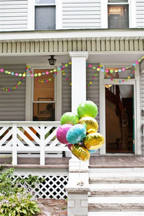 creating a housewarming with diy decorations
