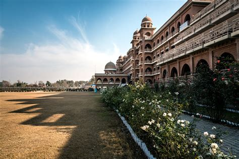 Best Mba College In Pakistan by Top Universities In Pakistan Lamudi