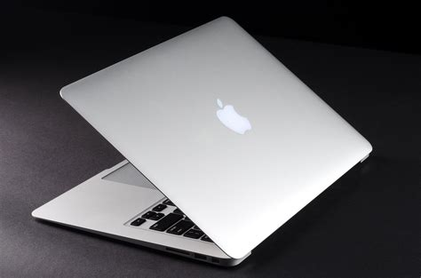 Netbook Mac Apple apple reveals faster cheaper 11 and 13 inch macbook air