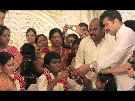 Shankar Plays Godfather In Atlee's Wedding!   Filmibeat