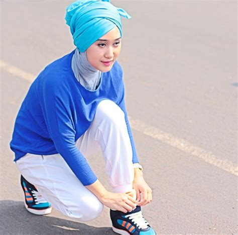 tutorial pashmina joyagh hijab turban ala dian pelangi tutorial pashmina by anita
