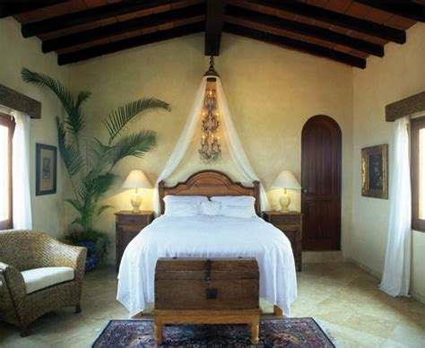 spanish bedroom best 25 mexican style bedrooms ideas on pinterest