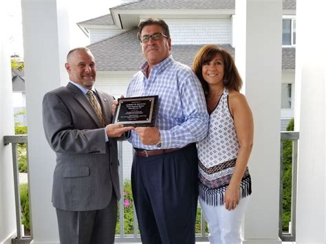 cfda presents 2017 special award to porto funeral homes