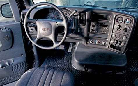 Gmc C4500 Interior by Get Last Automotive Article 2015 Lincoln Mkc Makes Its