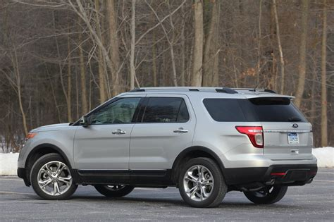2011 Ford Review by 2011 Ford Explorer Review 02 Jpg