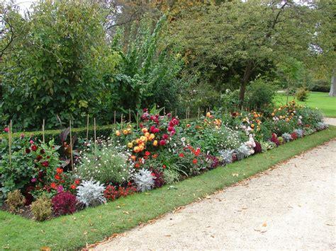 imagenes de jardines en terrenos inclinados paisajismo pueblos y jardines el c 237 rculo crom 225 tico