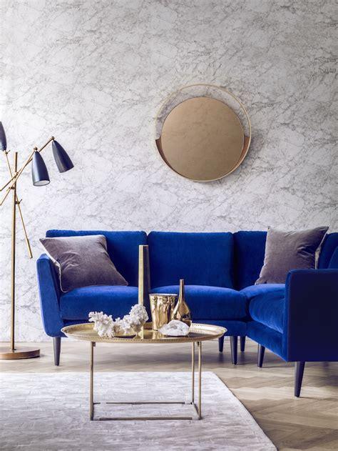 blue velvet sofa living room 25 stunning living rooms with blue velvet sofas