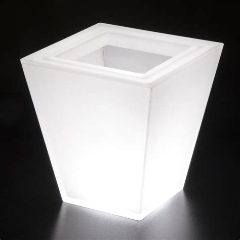 Lighted Planters by Illuminated Planters Lighted Planters