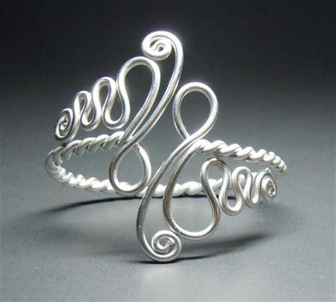 wire jewelry tutorials 27 free wire wrap jewelry tutorials diy to make
