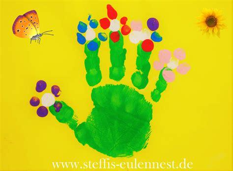 Bastelideen Blumen Kindergarten by Basteln Basteln Mit Kindern Handabdruck Fingerabdruck