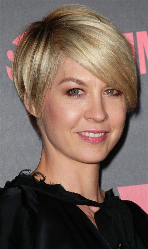 Short Hair On Pinterest Jenna Elfman Haircuts And Cool Haircuts | jenna elfman short hair jpg 1656 215 2795 haircut
