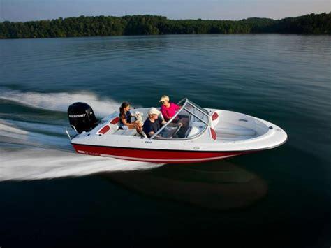 bowrider boat ladder bayliner 160 bowrider boats for sale boats