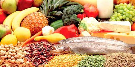 alimentos ricos en vitaminas  minerales