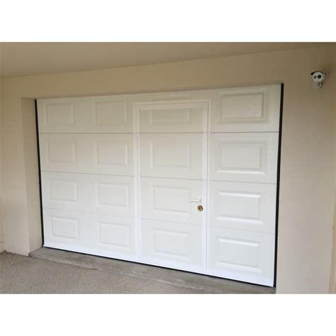 porte de garage sectionnelle avec portillon 2372 porte sectionnelle garage avec portillon obasinc