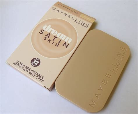 Maybelline Satin Two Way Cake maybelline satin skin ultra breathable satin two way cake review