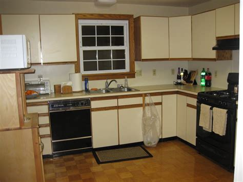 refinish laminate kitchen cabinets refinishing laminate kitchen cabinets refinishing