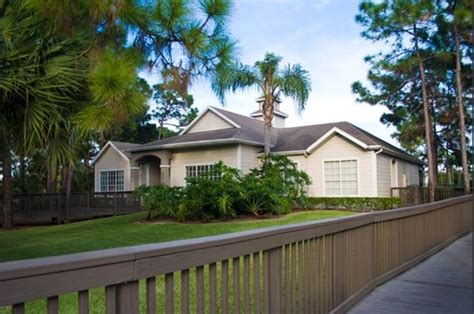 cheap 2 bedroom apartments in lake worth worthington apartments 6274 pinestead drive lake worth