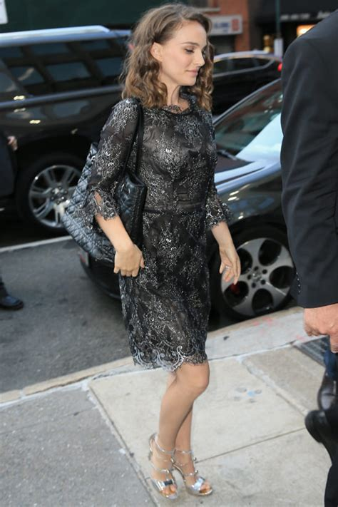 Natalie Portman Is Fashionable by Natalie Portman Out And About In Nyc Tom Lorenzo