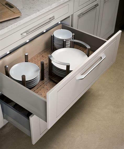 Kitchen Cabinet Drawer Boxes by Best 25 Kitchen Cabinet Accessories Ideas On