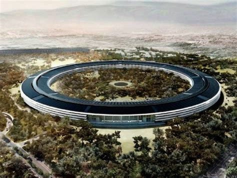 new apple headquarters creating an icon apple inc s new spaceship hq keeps getting delayed as company seeks design