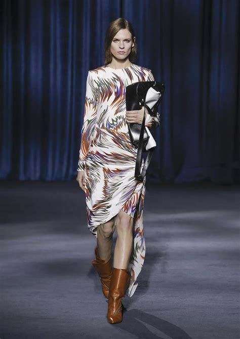 paris through a fashion paris fashion week givenchy fall 2018 collection tom lorenzo