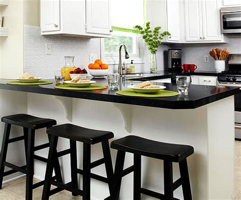 Kitchens With Black Countertops Black Kitchen Countertops