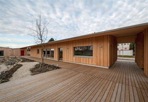architekten bungalow white pine bungalow abendroth architekten archdaily