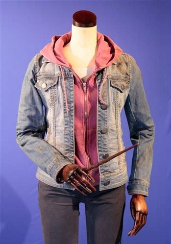 emma watson costume emma watson s costume as harry potter and the deathly