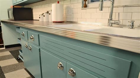 chalk paint kitchen cabinets how durable annie sloan chalk paint for kitchen cabinets ideas the