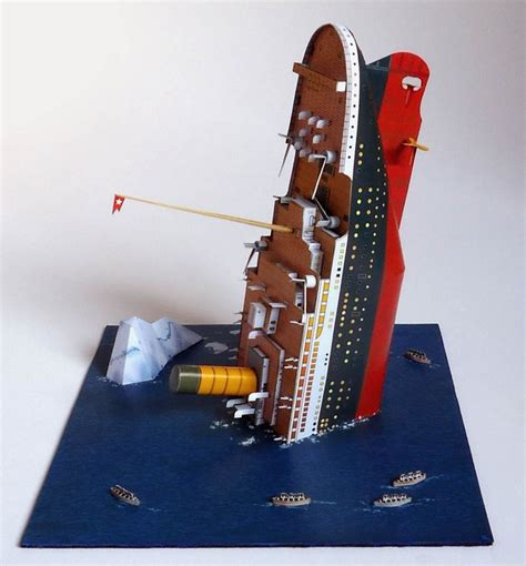 Papercraft Titanic - paper model 1 600 diorama titanic for the home