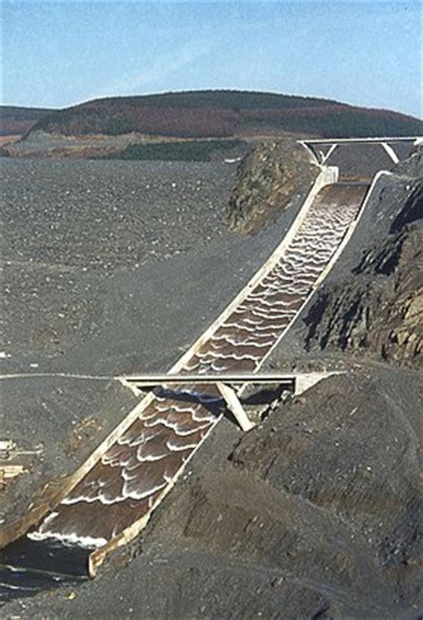 lake berryessa spillway construction spillway wikipedia